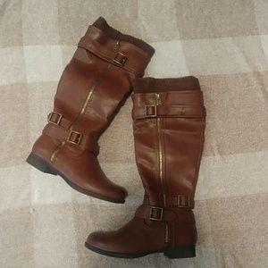 🌿NWOT Shoedazzle Boots size 5.5